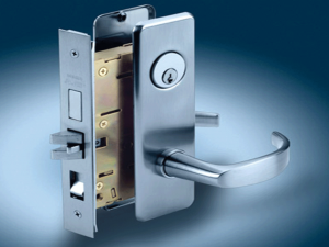 Springfield Commercial Locksmiths 300x225 - Commercial Locksmith - Commercial Locksmith Near Me Springfield MO